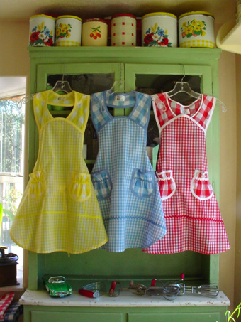 Gingham retro aprons