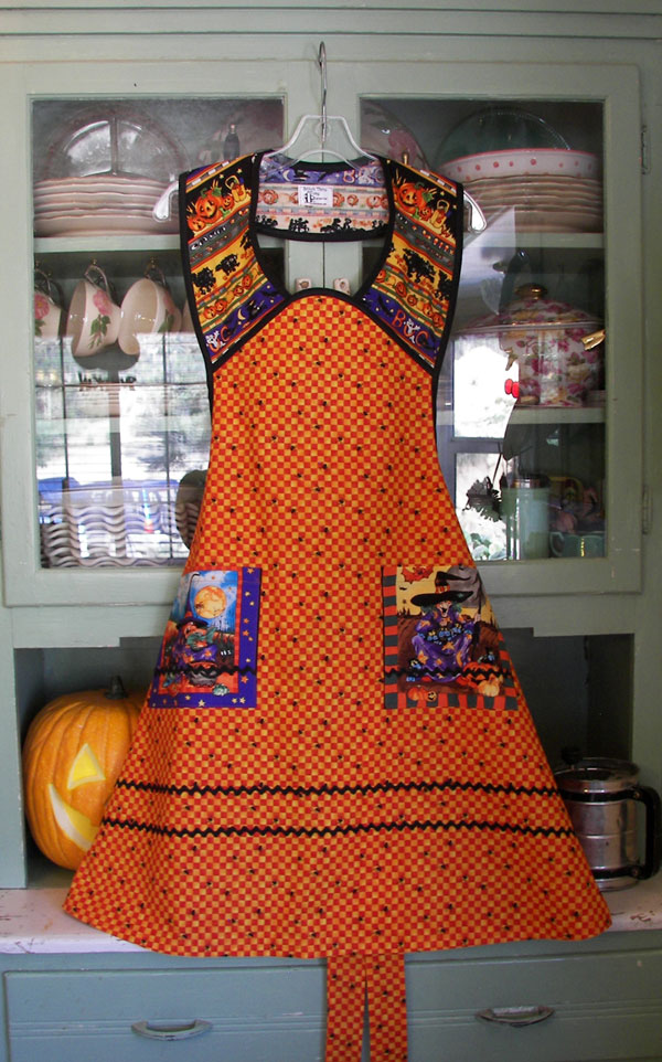 1940 Halloween Apron orange / yellow, click to go back to 1940 aprons