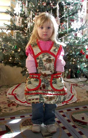 1940 Old Time Village Christmas Apron, click for more Christmas Aprons