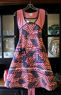 1940 Patriotic apron, click for larger view