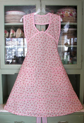 1940 Pink Tea All Over Apron