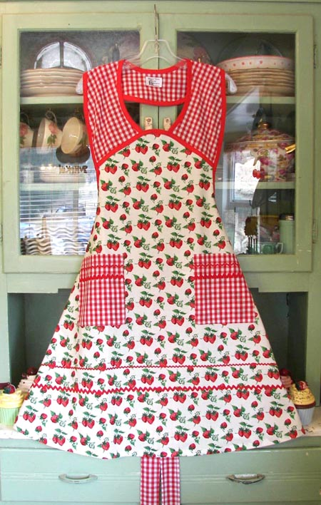 1940 Strawberry Red gingham woman apron