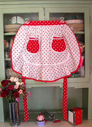White Red polka Dot 1943 Ruffle Half Apron