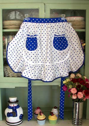 1943 White Blue Poka Dot