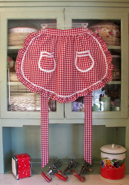 1948 Ruffle red gingham half apron