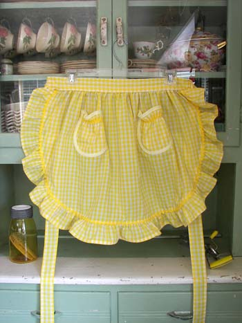 1948 Ruffle Yellow Gingham Half Apron