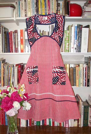 4th of July apron, click for more  views