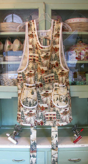 Grandma Apron Old Time Christmas