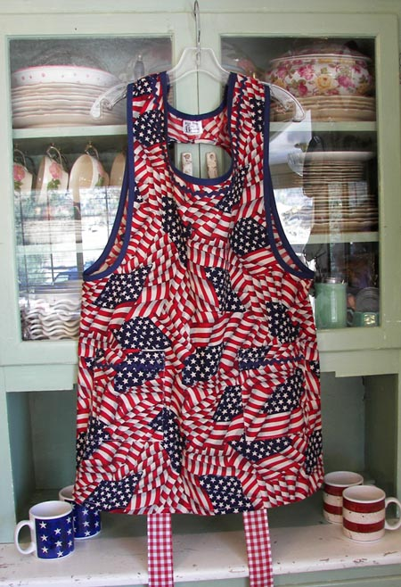 Grandma Patriotic Apron with Square pockets