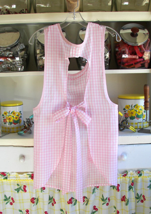 Grandma pink gingham back