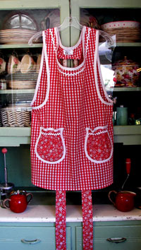 Grandma red gingham / red snowflake, click for more views