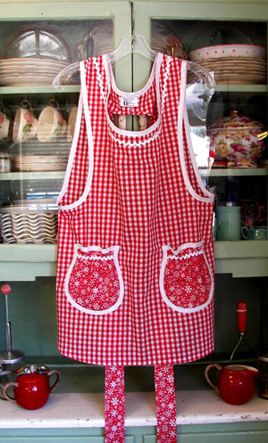 Grandma Apron in Red Gingham
