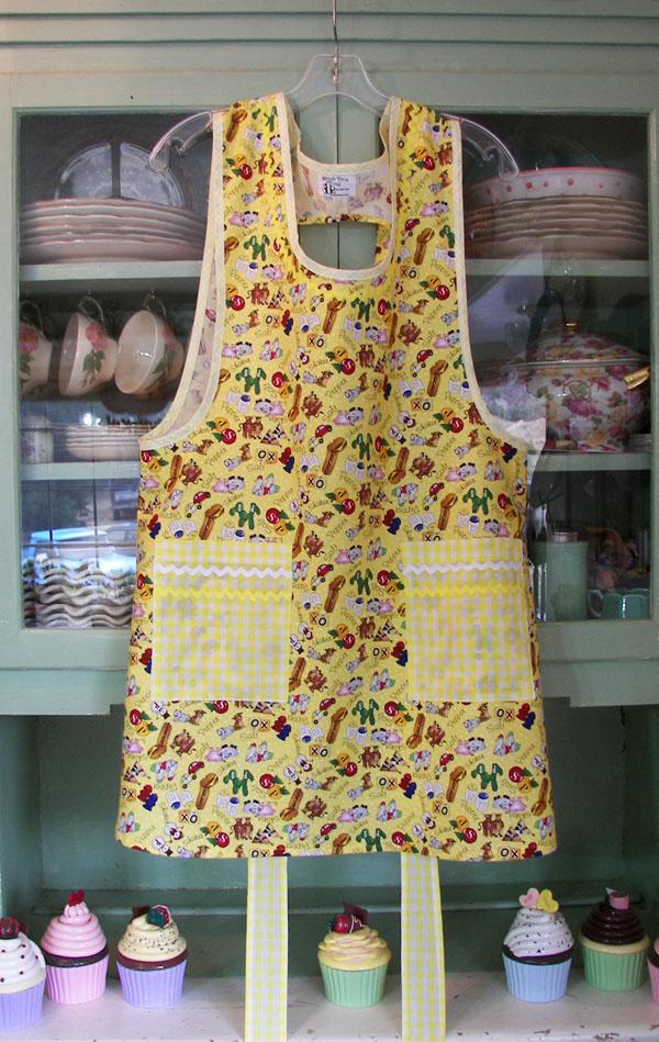 Grandma apron Yellow Salt & Pepper