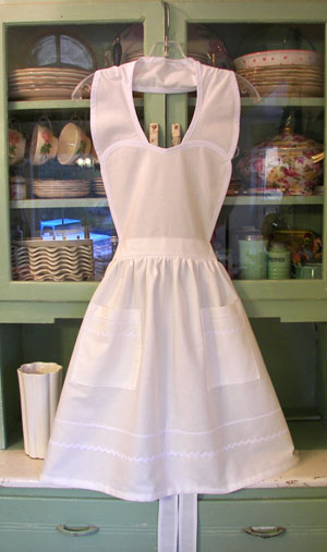 Heart Apron White