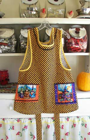 Hokus Pokus black orange woman full apron