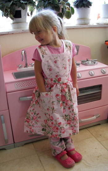 Heart Apron, click for heart aprons