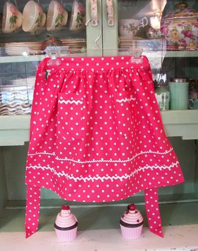 Retro Child half apron