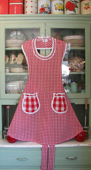 Rose Apron Red Gingham, click for more views