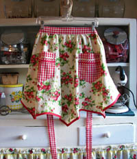 Victory Half apron, click for more views