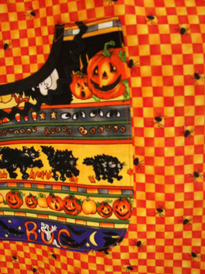 Violet Halloween pocket