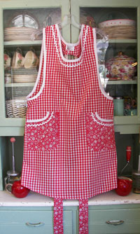 Violet Red gingham / Red snowflake, click for more Violet aprons